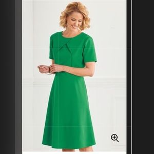 Beautiful Anthony Richards green Dress